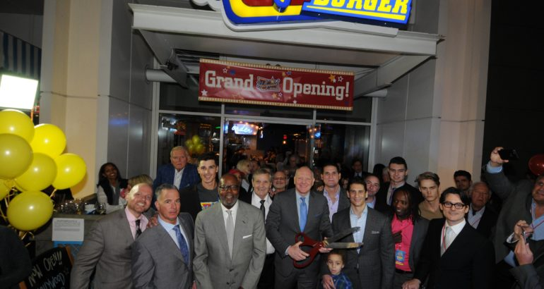 Hollywood Burger's U.S. Flagship Now Open!